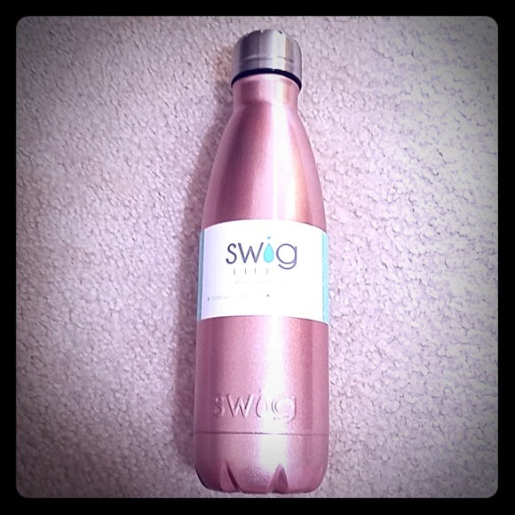 swig Other - NWT. Rose Gold SWIG Bottle
